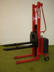 F 6AL - Fork-lift truck with electric lifting  (V100008)