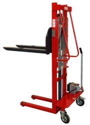 F 6RL - Fork-lift truck with manually operated lifting-Fork-lift truck, manually operated lifting, capacity 630kg, overall fork width 550mm, lifting height 1600mm
