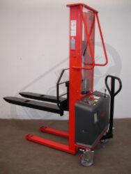 F 10AL - Fork-lift truck, electric lifting(V100280)