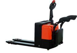 NFX 22AP/AC - nízkozdvižný paletový vozík s AKU pojezdem a zdvihem AC-Nízkozdvižný paletový vozík s AKU pojezdem a zdvihem AC, nosnost 2200 kg, šířka vidlic 540 mm , max. zdvih 200 mm