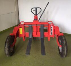 NFX 12TR - paletový vozík, terénní - BAZAR-Nízkozdvižný paletový vozík, terénní - nosnost 1200 kg, max. zdvih 233 mm, šířka vidlic - stavitelná - 228-735 mm