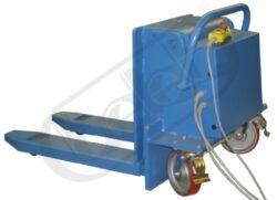 BN 1000 E / 400V - plošinový vozík - sklopný-Plošinový vozík - sklopný, nosnost 1000 kg, elektrohydraulický pohon