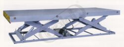 ELT 1,5-13-17 - zdvižná plošina tandemové nůžky s elektromotorem-Zdvižná plošina tandemové nůžky s elektromotorem, nosnost 1500 kg, max.zdvih 1300 mm, deska stolu 4000x1000 mm